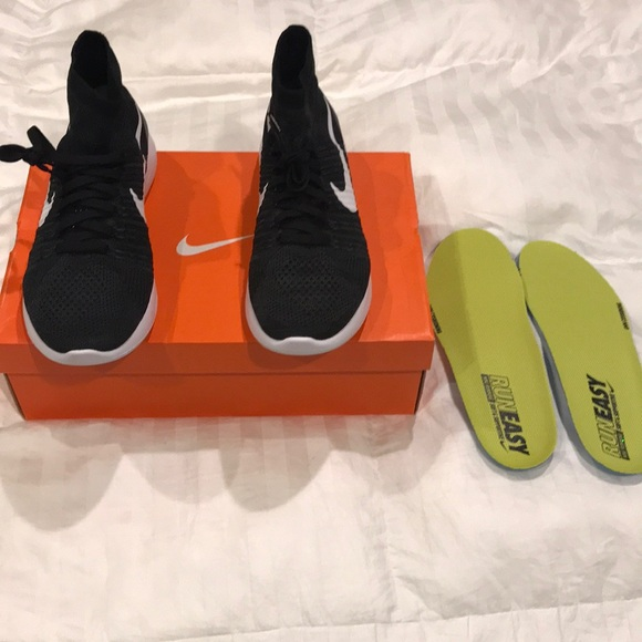 1d1fa7bfd53 Brand new Nike Flyknit Lunar Epic size 12